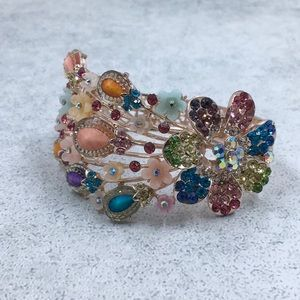 Jewelry - Multi colored rhinestone clasp bracelet